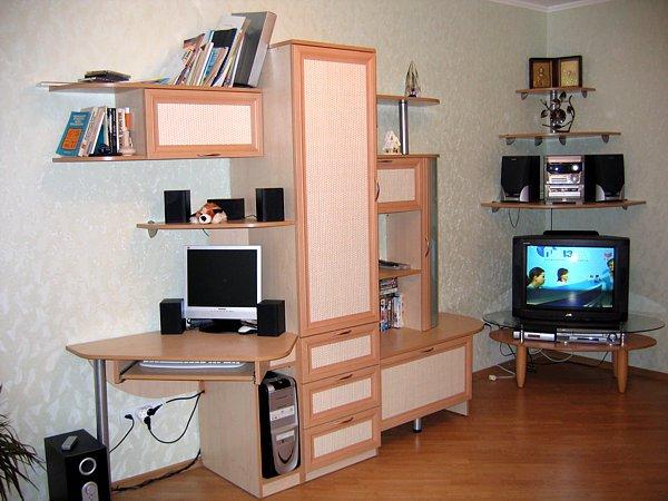 Компьютерные столы в комплекте с шкафами дизайн смотреть